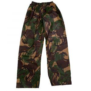 pantaloni mimetici antipioggia